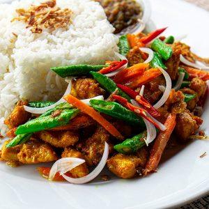 Ayam Goreng Kunyit Sambal Special Mama_02